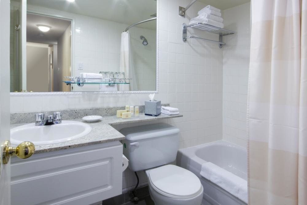 Best Two Bedroom Suites Marriott Hotel Montreal Westmount With Pictures