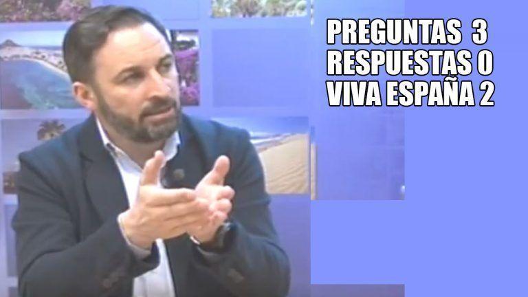 El surrealista momento de Santiago Abascal, que no responde a nada salvo a un Viva España.