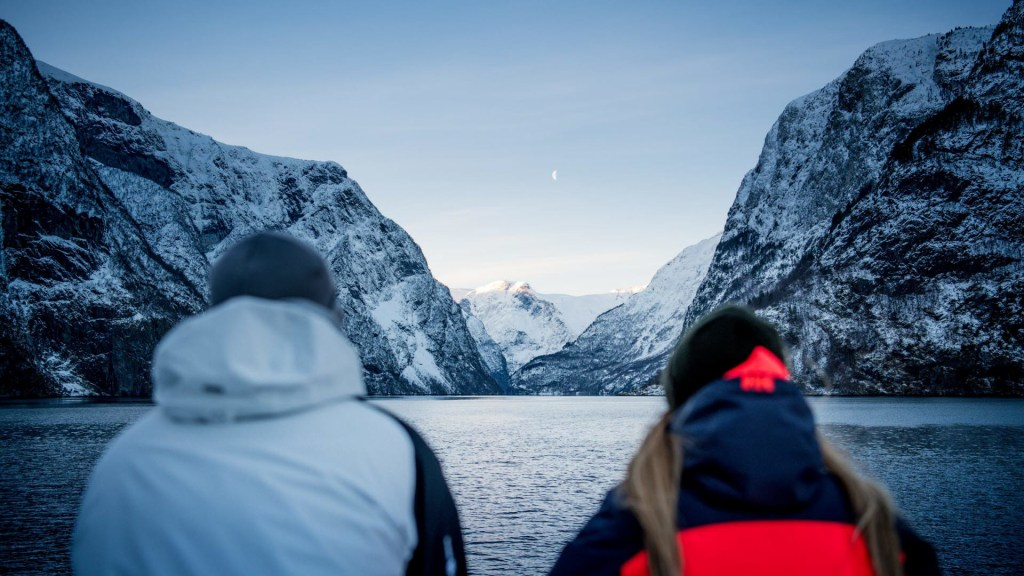 In the middle of snowhere – Fjord Cruise 2