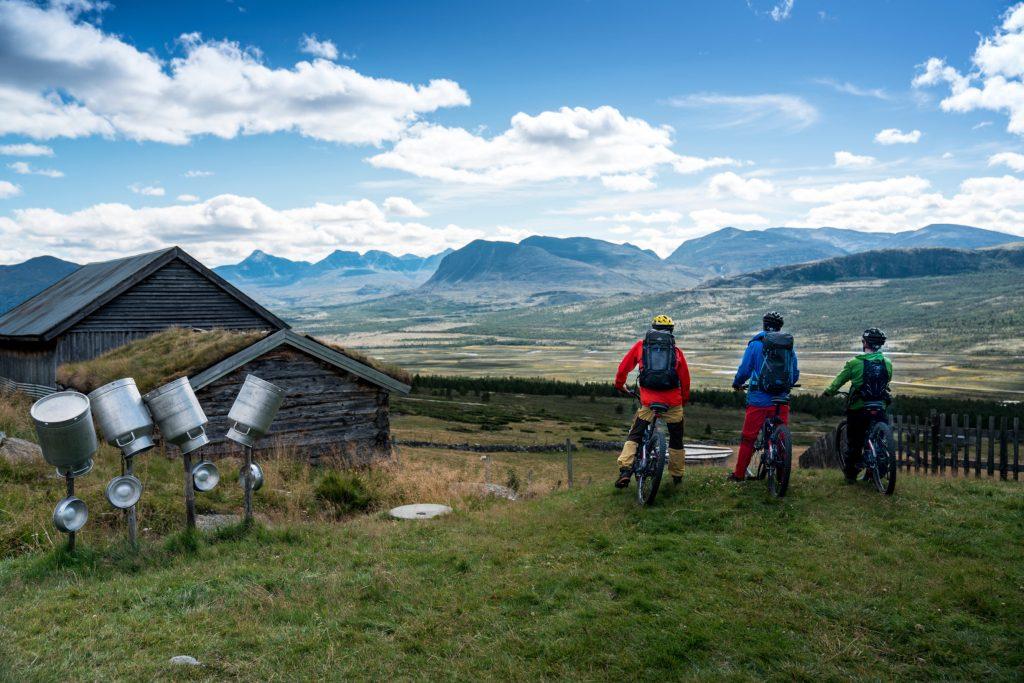 Bergsengsetra Tour de Dovre roundtrip. Provided by Dovrefjell Adventures.
