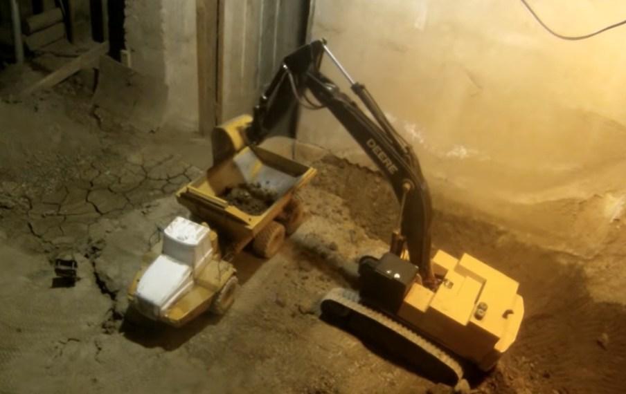Des RC Construction toys au travail