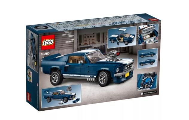 LEGO Creator sort une Mustang 1960 3