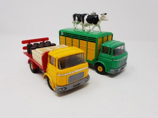Vente aux enchères de Dinky Toys et jouets anciens à Nîmes 1