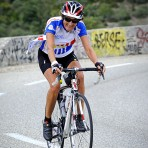 Arlette Coquerel, coureuse de la CMCAS Valence, ASGE Cyclo VTT Drôme Ardèche (à l'arrivée au deuxième ravitaillement au sommet de la cote du Razal)©J.Marando/ccas