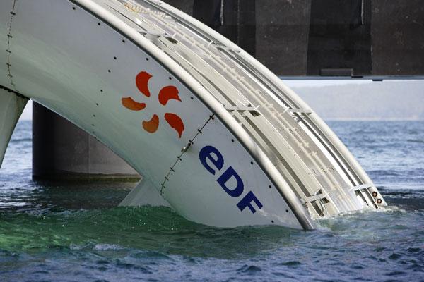 Test sur la turbine de l'hydrolienne dans la rade de Brest © EDF Médiathèque - Philippe Dureuil