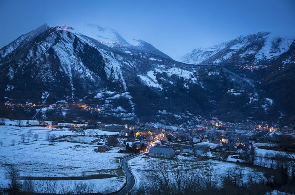 Vue du village d'Azet. ©Eric Raz/CCAS