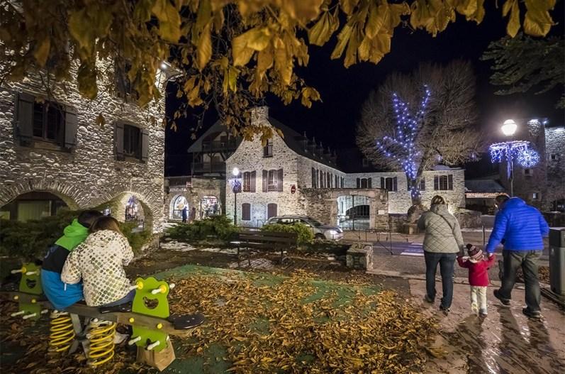 Saint-Lary à la tombée du jour. ©Eric Raz/CCAS