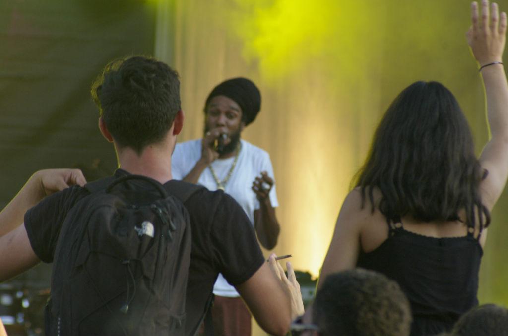 Yaniss Odua était la tête d'affiche du festival Kampagn'arts, partenaire de la CMCAS Tours-Blois. ©Mathilde Normand/CCAS