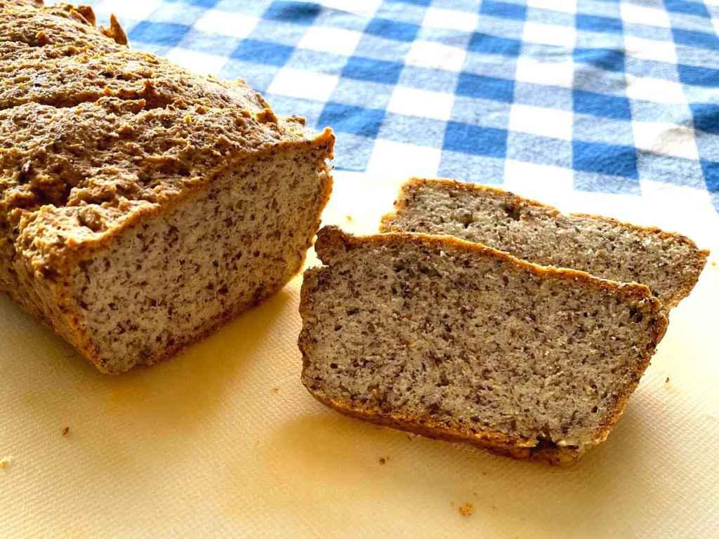 לחם מלא דל פחמימות ונטול גלוטן
