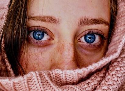 6 Kebiasaan Buruk yang Dapat Memicu Penuaan Dini Pada Kulit