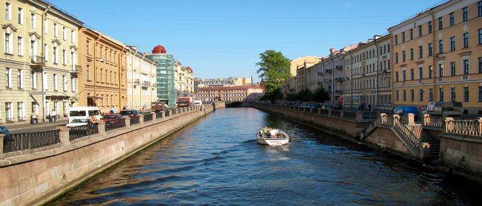 things to do in St Petersburg-Canal tour