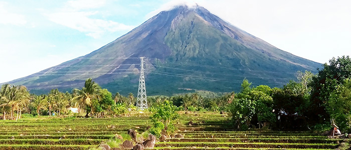 Things to do in Philippines - Mayon Volcano