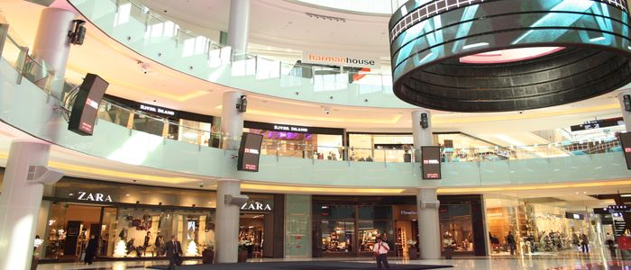 Dubai Hangouts For Retail Therapy - The Dubai Mall