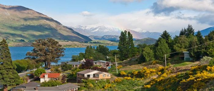 where to travel in April - New Zealand