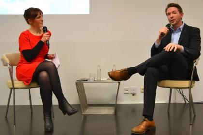 Jules Grandsire (ESA) im Gespräch mit HMKW-Studentin Marlene Nunnendorf