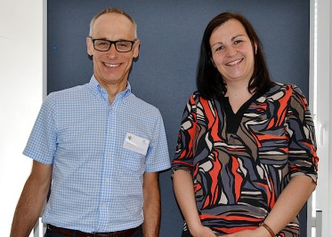 Referent Ulrich Schuhmann und Prof. Dr. Kerstin Liesem.