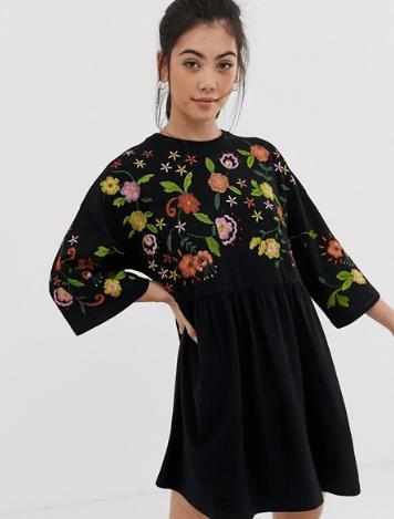 sélection-asos-robe-noire-fleurie