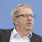 Johannes Kahrs 2018 06 28 Berlin Deutschland Regierungs und Oppositionsparteien unterrichten di