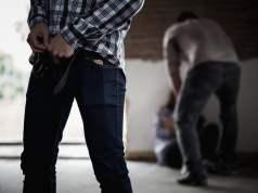 Gruppenvergewaltigung (Symbolbild:Durch Surapol Usanakul/shutterstock)