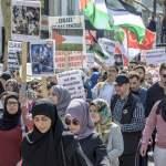 Palästinenser und Islamisten demonstrieren anlässlich des jährlich stattfindenden Al Quds Marsch auf