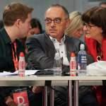 SPD GER, Berlin, 20191206, SPD Parteitag in Berlin Saskia Esken und Norbert Walter Borjans und Kevin Kühnert *** SPD GE