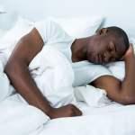 schlafender Afrikaner Flüchtling
