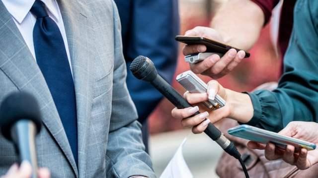 Journalismus (Bild: shutterstock.com/ Von Microgen)