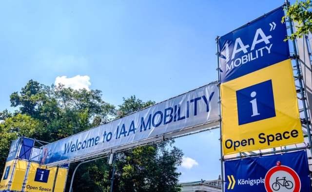 IAA (Bild: shutterstock.com/ Von FooTToo)
