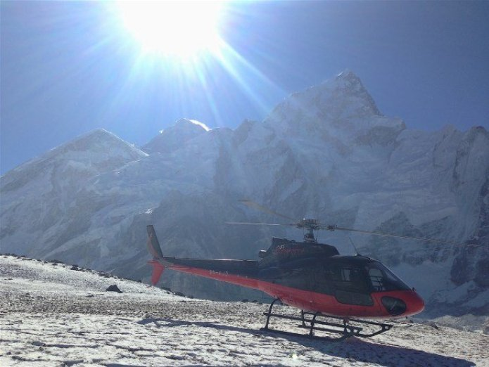 helicopter ride to everest