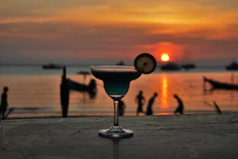 beach bars bermuda