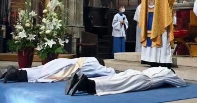 Dans la joie de nouvelles ordinations