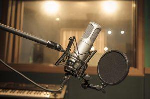 L'essor du «streaming» musical se fait-il aux dépens de la radio?