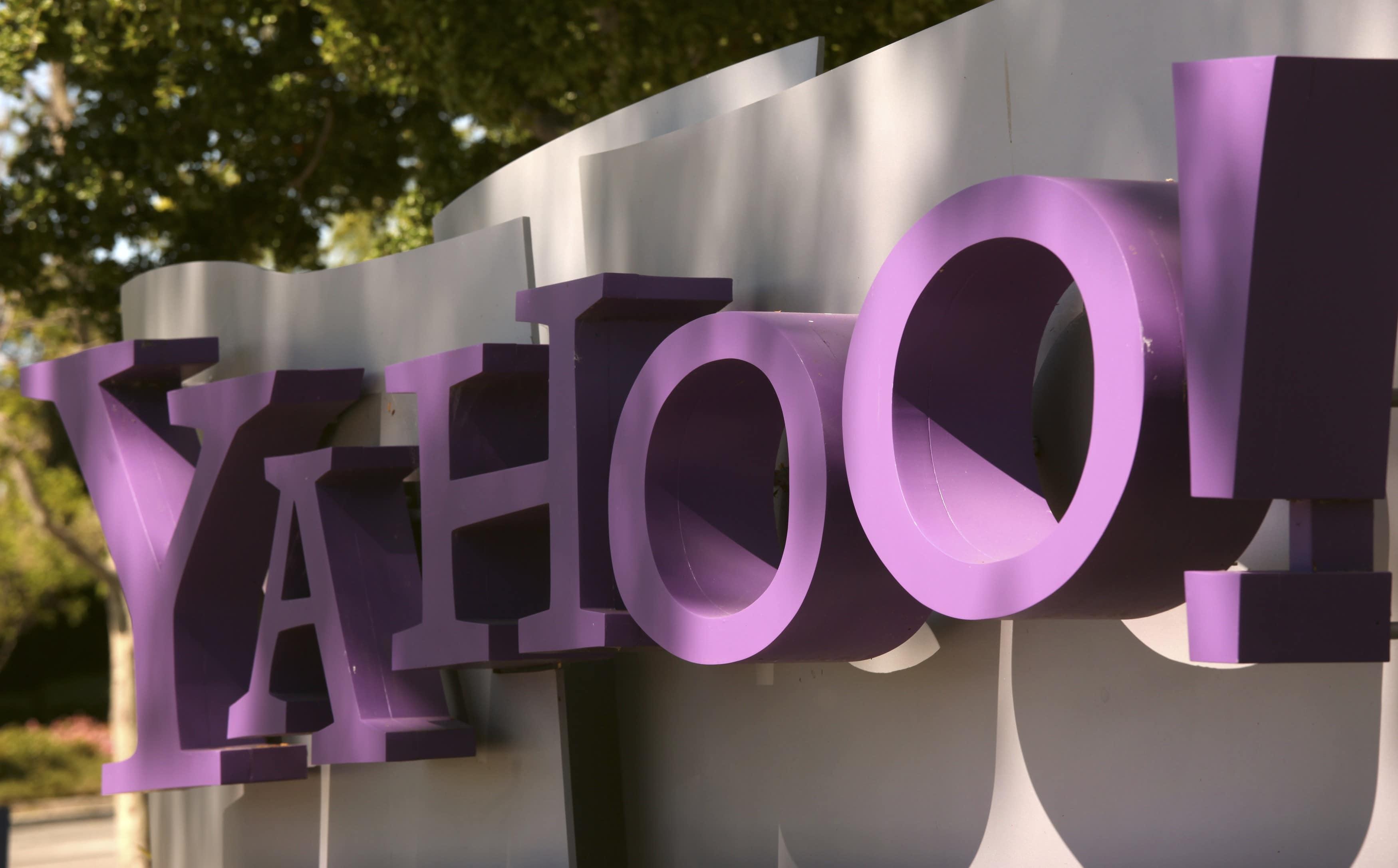 Yahoo détroné par Facebook et Google