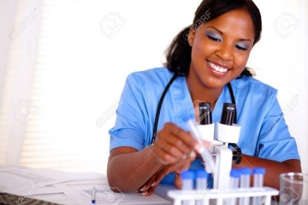 Recrutement d'infirmiers par une société de la place
