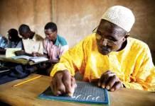 45 % des adultes en Afrique subsaharienne sont analphabètes