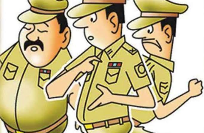 Police ka ravaiya chhedchhad karne walon se jyada Sharmanak