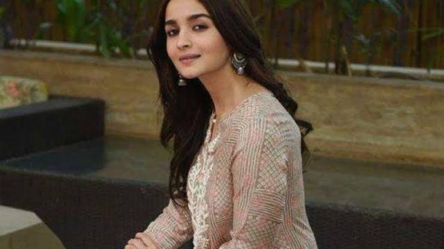 Alia Bhatt net worth 2021