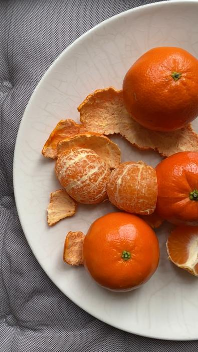 Immunity boosting food ; oranges on a plate