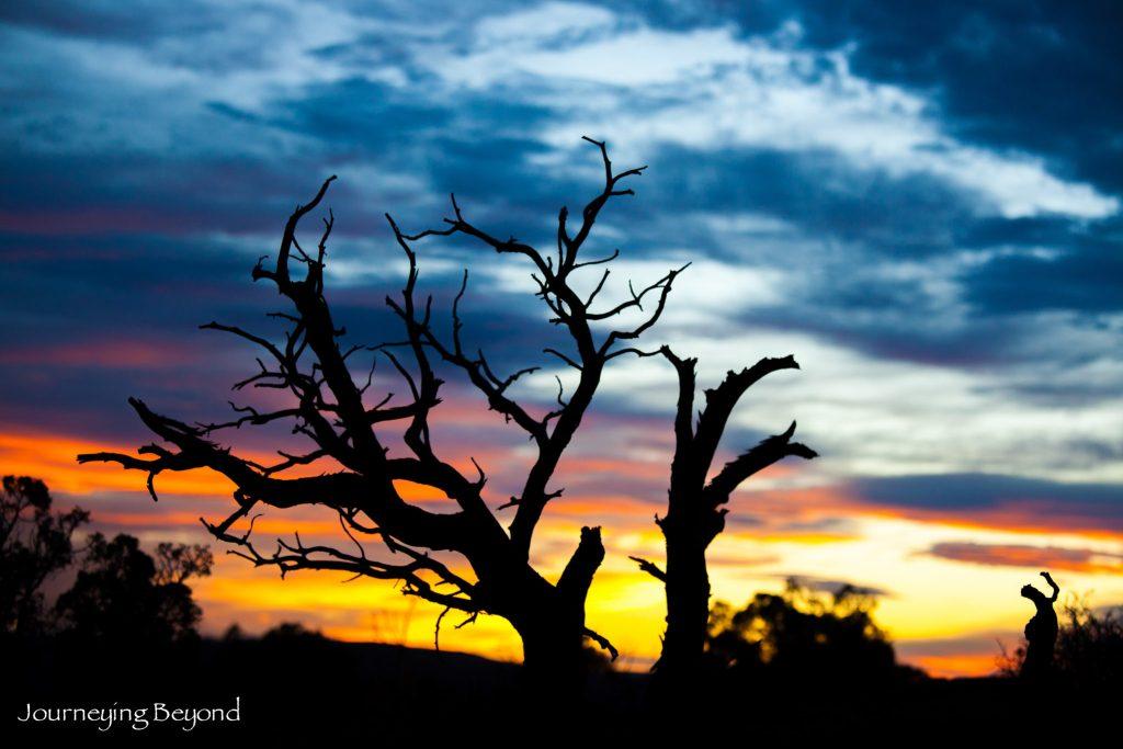arches-national-park-sunset-balanced-park