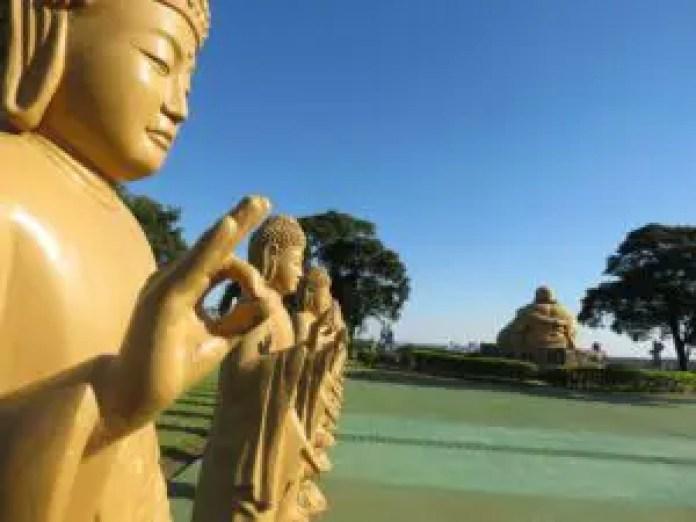 Buddhist statues in Foz do Iguassu