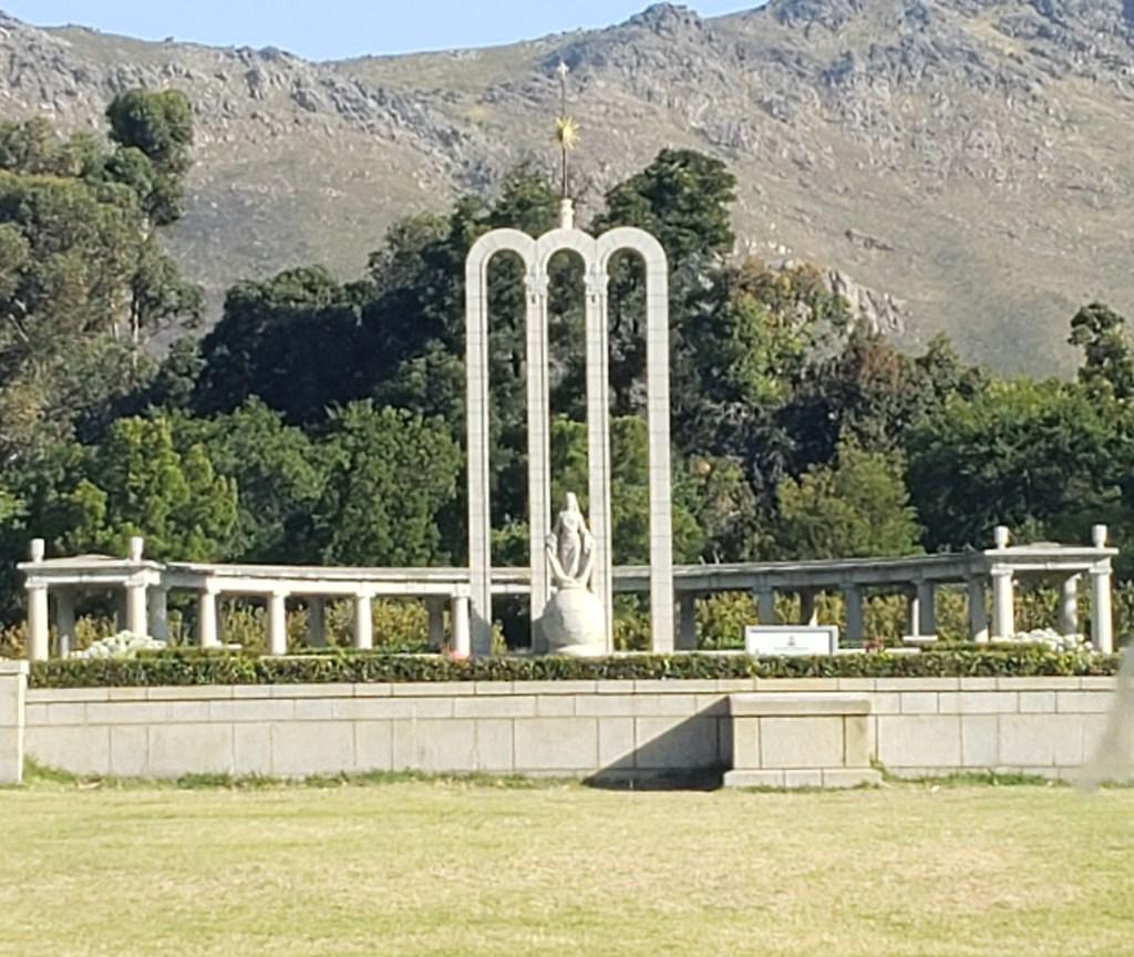 memorial to french huguenots in franschhoek