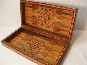 inlaid-backgammon