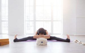 bedtime yoga for deep sleep  journeys of yoga