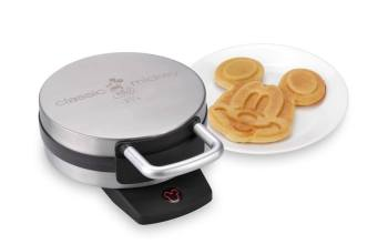 Cooking with Mickey Mouse–Giveaway