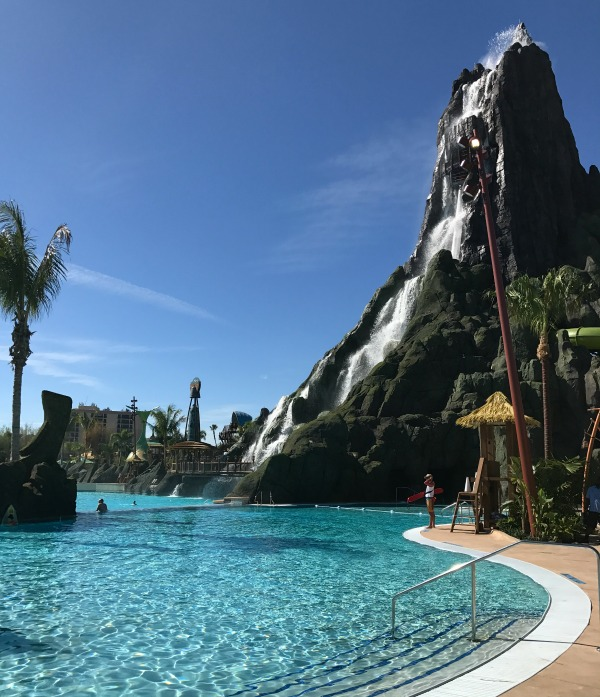 volcano bay attractions