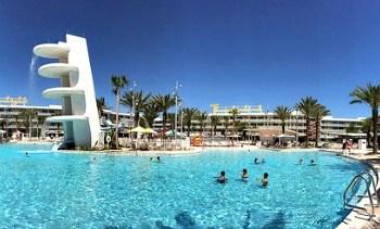 Universal Orlando Hotels: 8 Reasons Kids Love Them