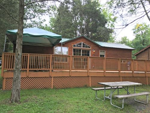 Drummer Boy Camping Resort: Unplug in Gettysburg, Pennsylvania