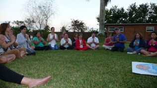 Gratitude lotus circle