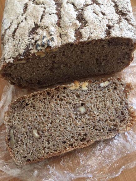 Cevizli ekmek.