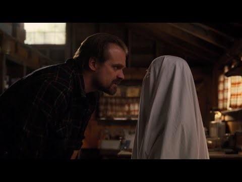 - E.T.– Eleven'ın giydiği hayalet kıyafeti tanıdık geldi mi?